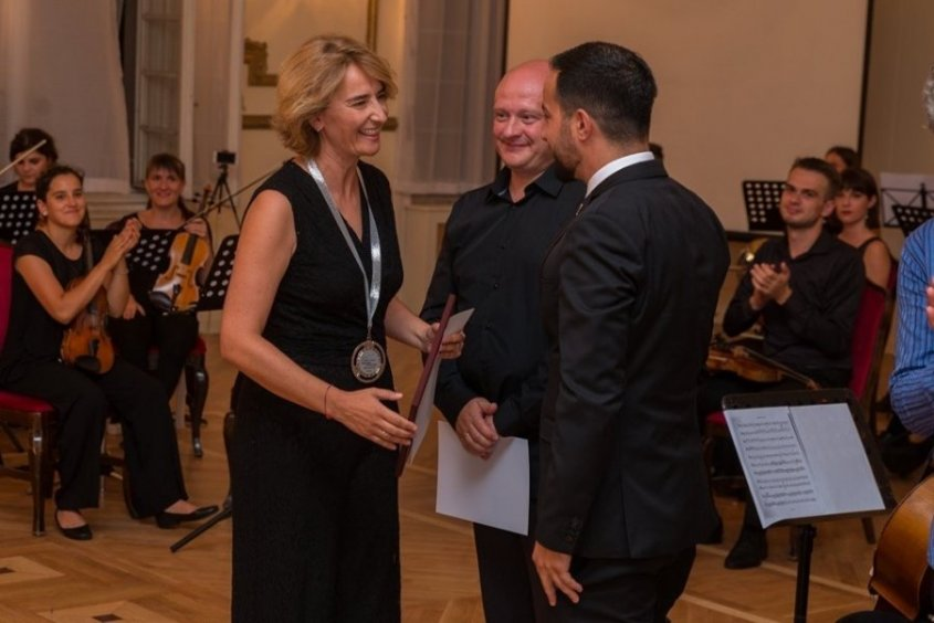 La directora 'talaverana' Beatriz Gutiérrez, galardonada en Serbia